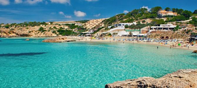 Alquiler catamaran Ibiza y alquiler velero Ibiza hasta 10% dto*